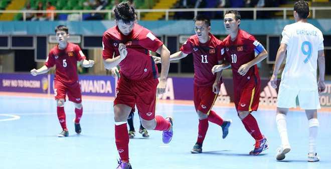Futsal World Cup: Viet Nam, Thai Lan lam rang danh chau A hinh anh 1
