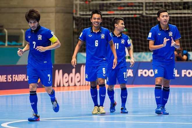 Futsal World Cup: Viet Nam, Thai Lan lam rang danh chau A hinh anh 2
