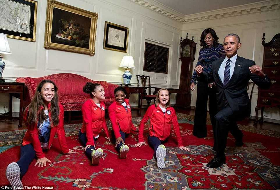 Tong thong Obama 'so tai' voi cac van dong vien the duc nghe thuat hinh anh 1