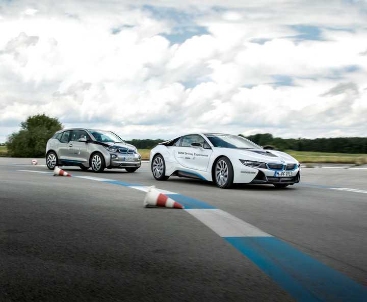 BMW i8 moi cong suat 750 ma luc, vuot xa Lamborghini Aventador hinh anh 4