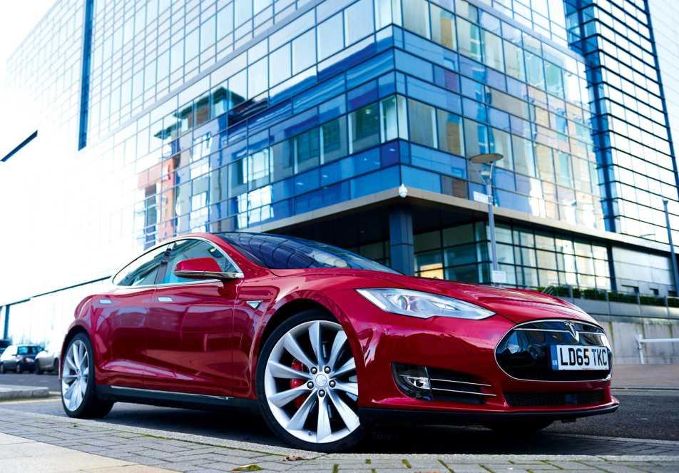 Tesla am tham ra mat chiec xe dien chay xa nhat the gioi hinh anh 1