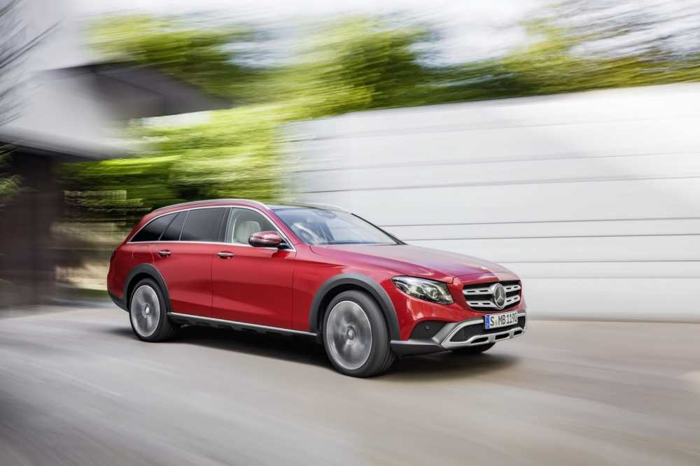 Soi Mercedes E-Class All-Terrain 2017 dep an tuong gia chi tu 62.300 USD hinh anh 2