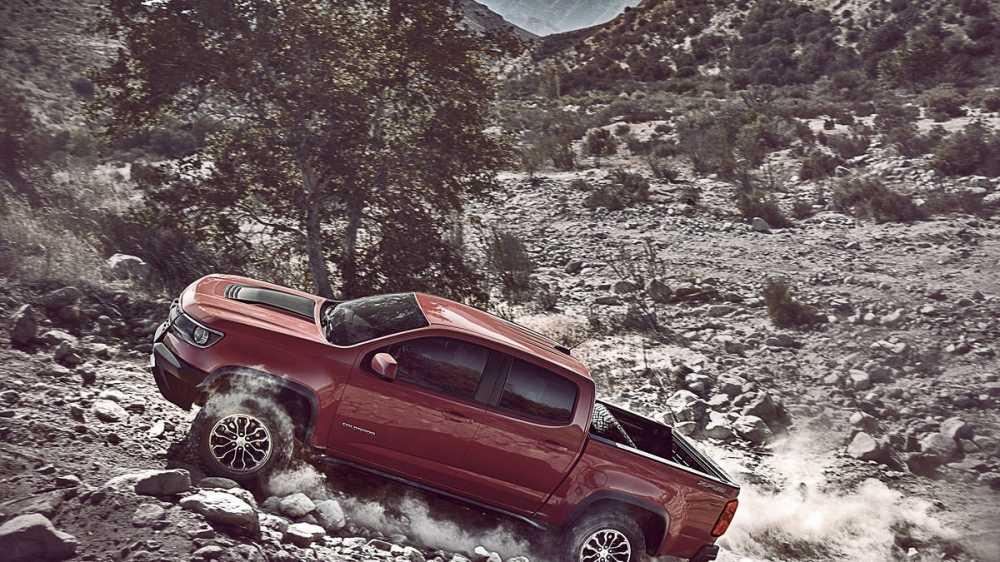 Chevrolet Colorado ZR2 2017 gia 41.000 USD, thach thuc moi dia hinh hinh anh 4