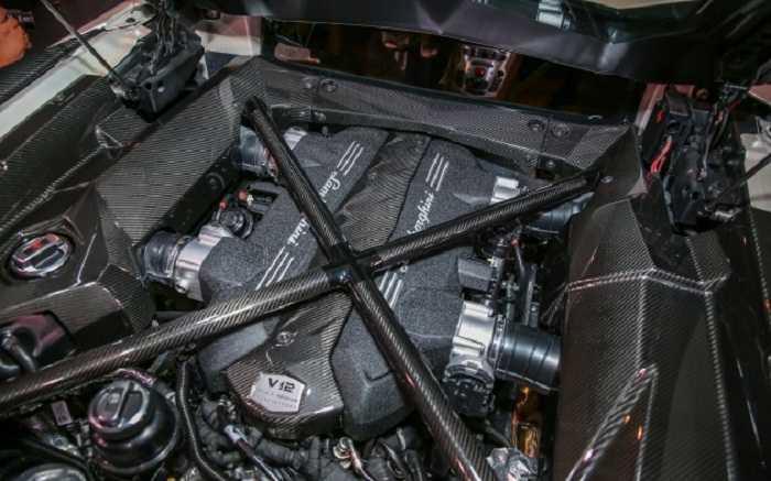 Sieu xe Lamborghini Aventador S da co mat tai Dong Nam A hinh anh 2