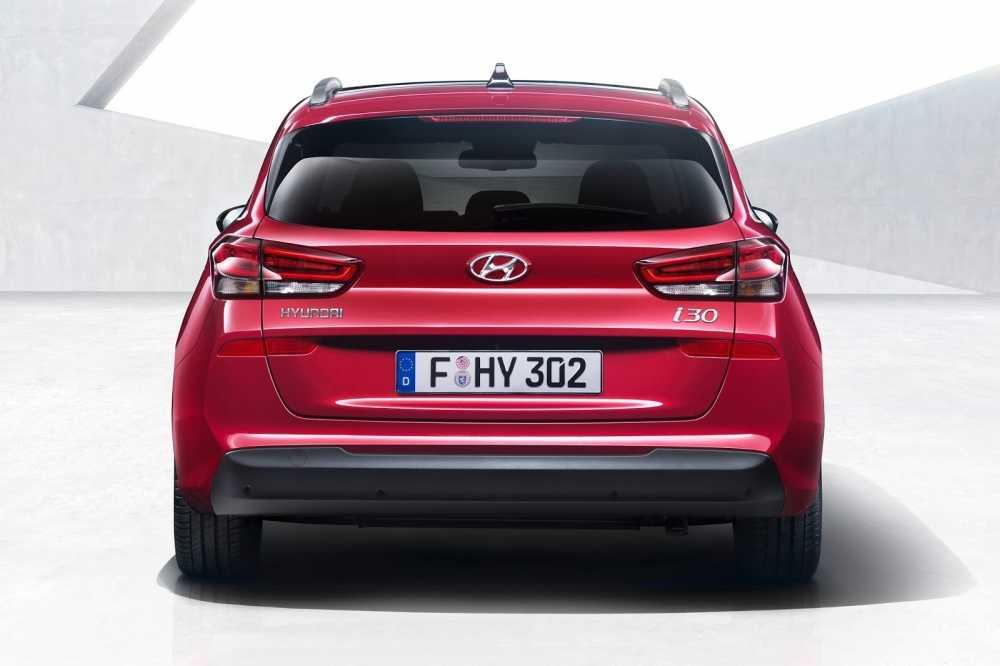 Hyundai i30 Wagon the he moi sap ra mat hinh anh 5