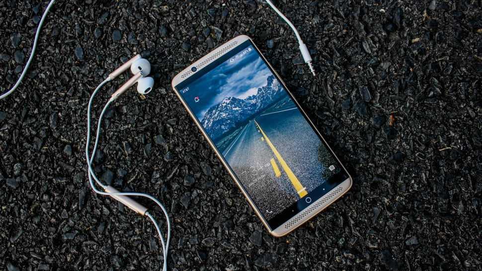 Ra doi Smartphone 5G dau tien tren the gioi hinh anh 1