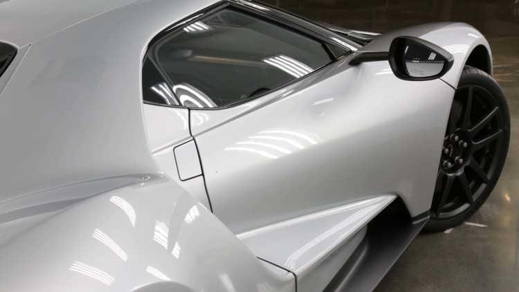 Ngam xe dua sieu nhe GT Competition Series hinh anh 5