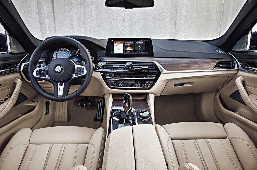 Man nhan voi sieu pham BMW 5-Series Touring 2017 hinh anh 5