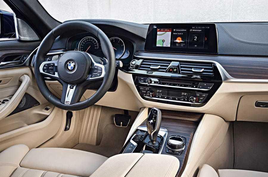 Man nhan voi sieu pham BMW 5-Series Touring 2017 hinh anh 6