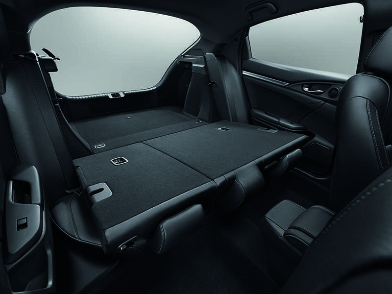 Honda Civic hatchback 'het' gia tu 752 trieu dong hinh anh 6