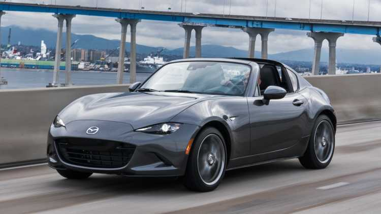 Can canh Mazda MX-5 Miata RF 2017 day chat the thao hinh anh 3