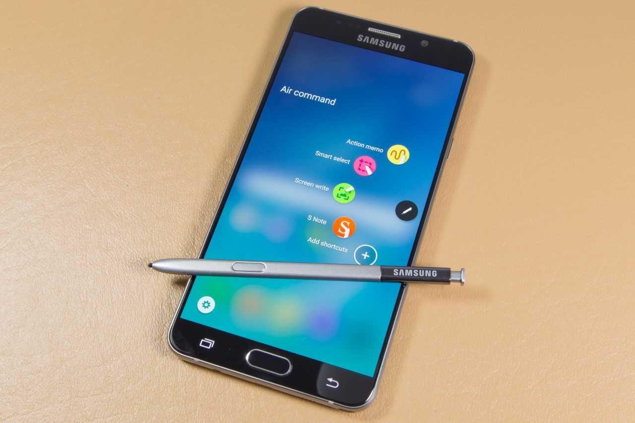 Samsung Galaxy S8 dung cong nghe nhan dang khuon mat de mo khoa hinh anh 2