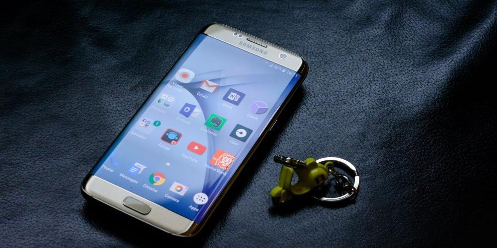 Ro ri anh Samsung Galaxy S8 'vo cuc' voi 3 gam mau tuyet dep hinh anh 1