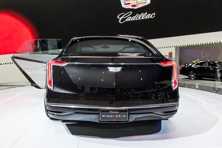 Can canh chiec sedan sang trong Cadillac XTS 2018 truoc ngay ra mat hinh anh 3