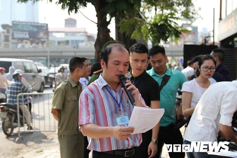 Anh: Pha do hang chuc nha hang, quan nhau tren 'dat vang' Nguyen Khanh Toan, Ha Noi hinh anh 3