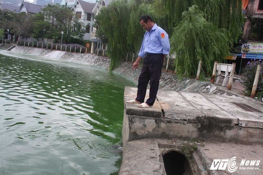 Anh: Ho Van Quan boc mui hoi thoi, dan khong dam ra khoi nha hinh anh 6