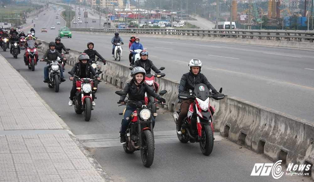 MC Anh Tuan cung 160 moto dieu hanh tuong nho nhac si Tran Lap hinh anh 10