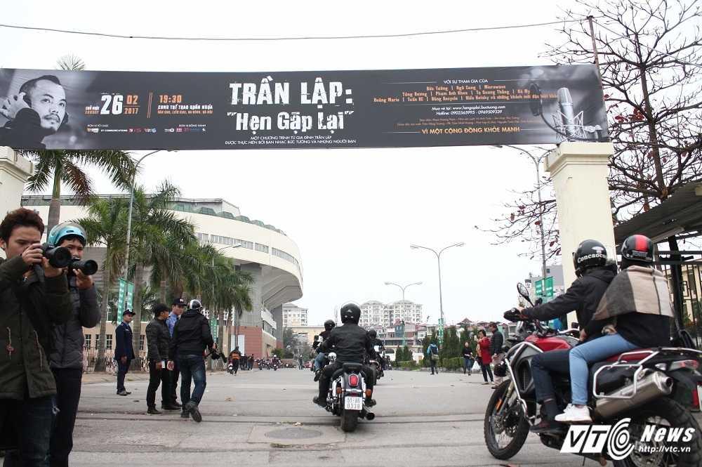 MC Anh Tuan cung 160 moto dieu hanh tuong nho nhac si Tran Lap hinh anh 12