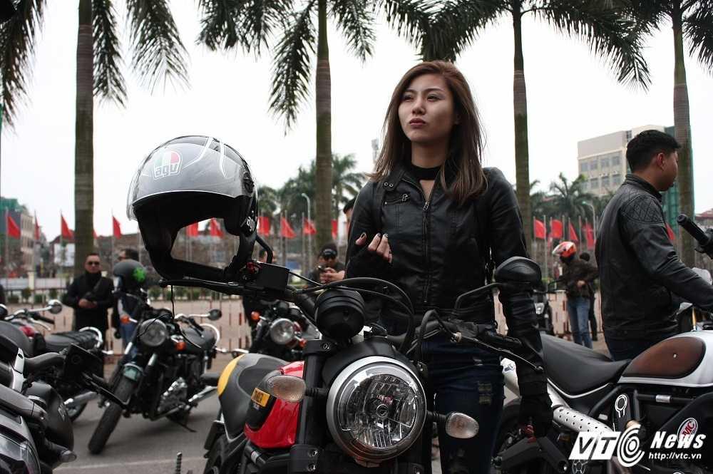 MC Anh Tuan cung 160 moto dieu hanh tuong nho nhac si Tran Lap hinh anh 4