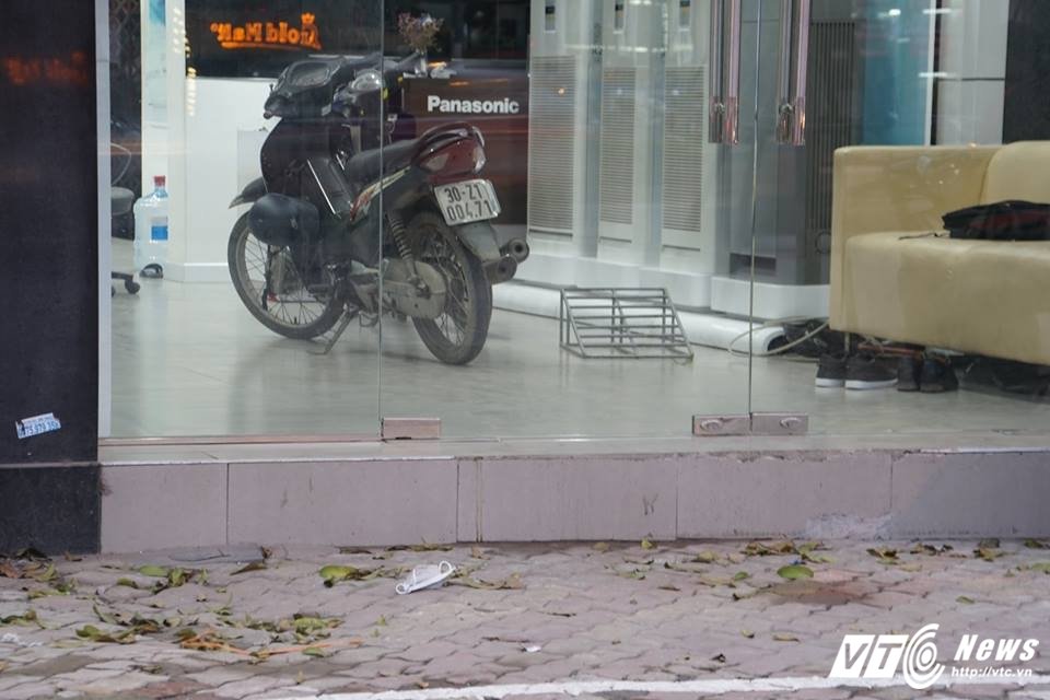 Ha Noi dep 'cuop' via he: Muon kieu bac tam cap tren 'con duong dat nhat hanh tinh' hinh anh 7