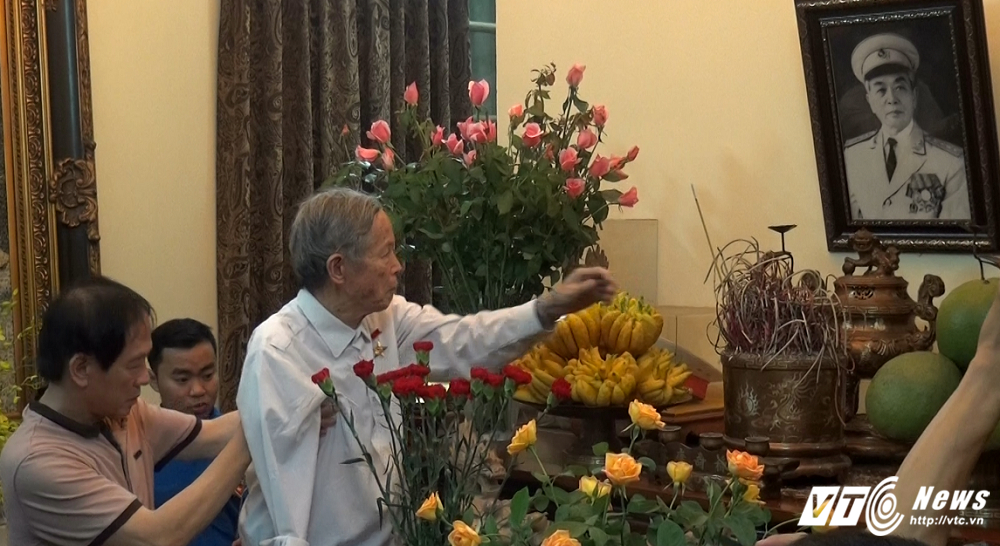 Video, anh: Nha Dai tuong Vo Nguyen Giap lung linh nen trong dem hinh anh 8