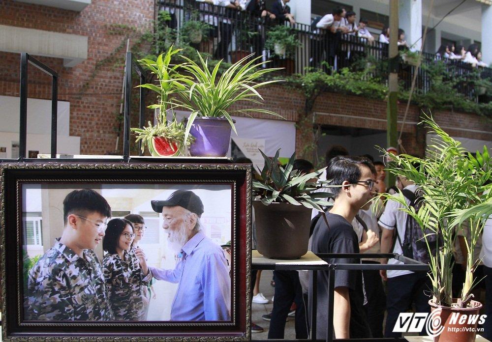 PGS Van Nhu Cuong - Nguoi thay dang kinh trong ky uc hoc tro Truong Luong The Vinh hinh anh 10
