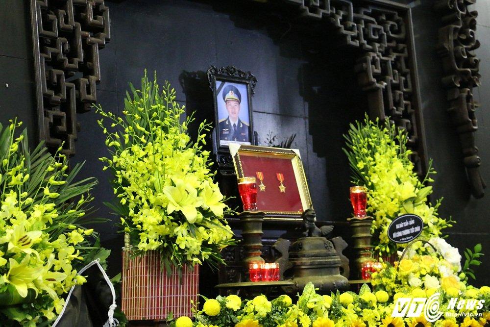 Xuc dong tien biet Thieu ta phi cong Nguyen Thanh Trung hinh anh 2