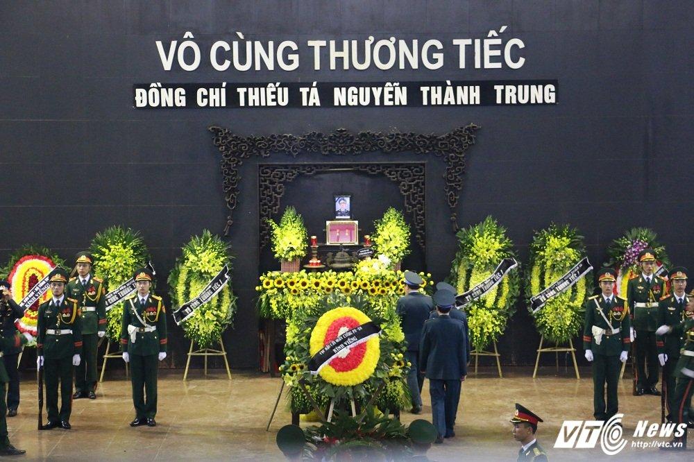 Xuc dong tien biet Thieu ta phi cong Nguyen Thanh Trung hinh anh 1