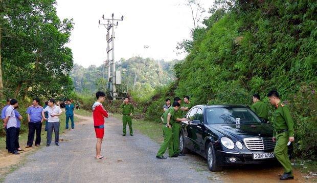 3 nguoi chet tren o to o Ha Giang: Khoi to vu an hinh anh 1
