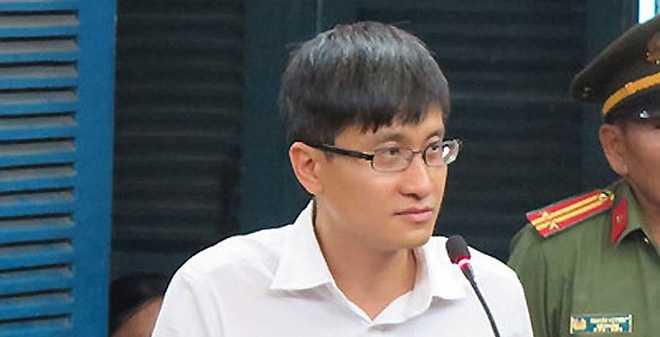 Hoa hau lua dao tien ty: 'Dai gia' phu nhan 'email tinh ai' hinh anh 3