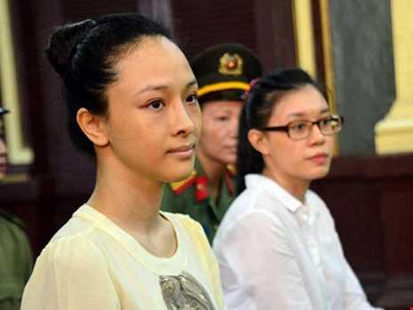 Hoa hau lua dao tien ty: 'Dai gia' phu nhan 'email tinh ai' hinh anh 1