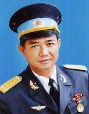Truc thang roi o Vung Tau: Chuyen it biet ve su hy sinh cua 2 cha con phi cong hinh anh 1