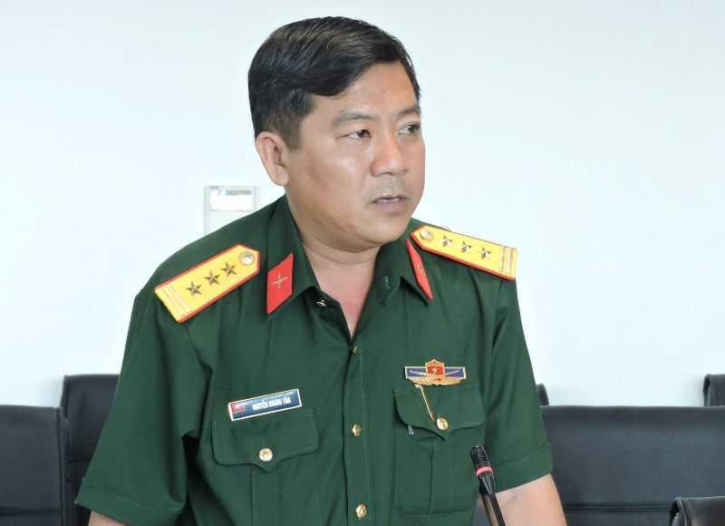 Bac thong tin may bay truc thang EC-130 roi do thoi tiet hinh anh 2