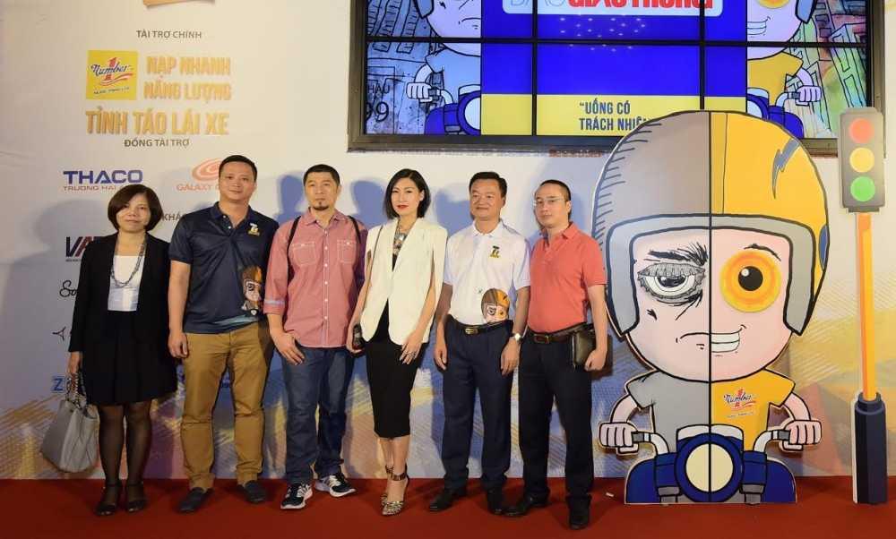 Dan dao dien 'khung' tham gia phim ngan 'Uong co trach nhiem' hinh anh 1