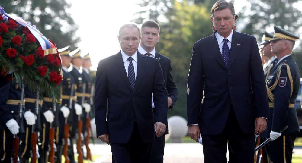 Putin du le khanh thanh tuong dai nguoi linh Xo Viet o Slovenia hinh anh 1