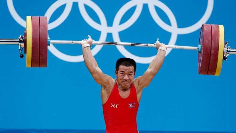 Cac van dong vien Trieu Tien chiu ap luc the nao khi du Olympic? hinh anh 1