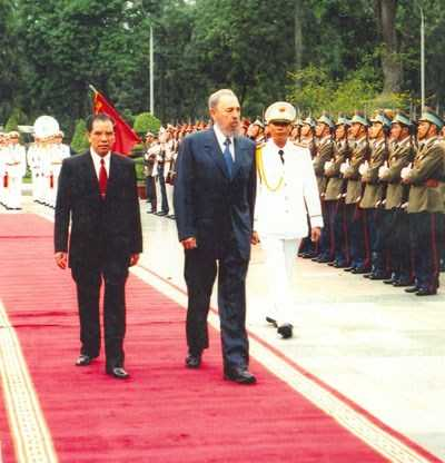 Hinh anh 3 lan toi tham Viet Nam cua nha lanh dao Cuba Fidel Castro hinh anh 10