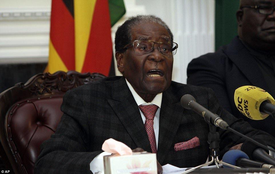 Cach thuc khong ngo cua Tong thong Zimbabwe de phan doi yeu cau phe truat hinh anh 1