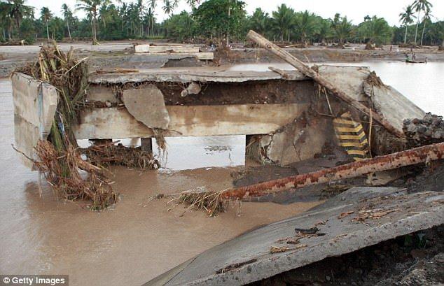 Philippines tan hoang sau bao Tembin: Ca ngoi lang bi xoa so, hon 200 nguoi thiet mang hinh anh 8