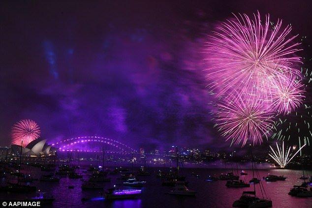 Video: Man nhan man phao hoa don nam moi tuyet dep o Sydney hinh anh 5