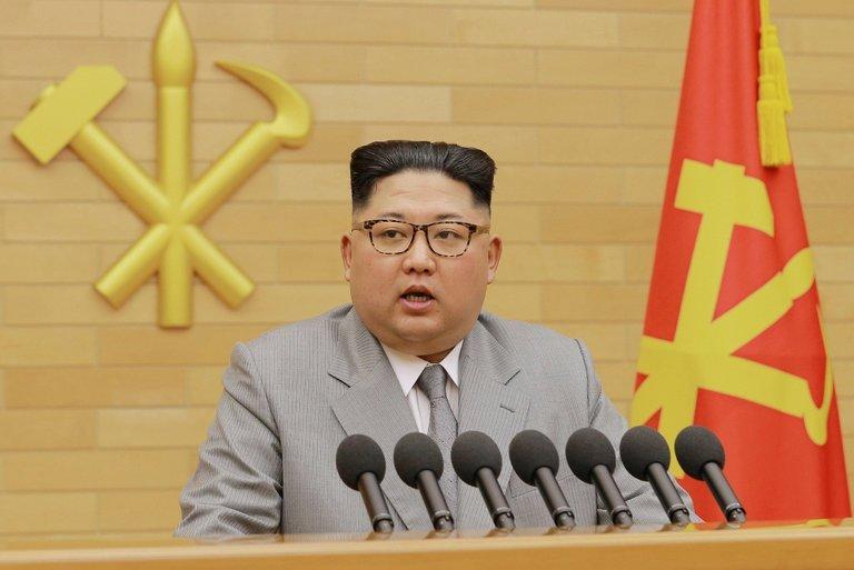 Trang phuc ong Kim Jong-un mac khi phat bieu mung nam moi co gi dac biet? hinh anh 1