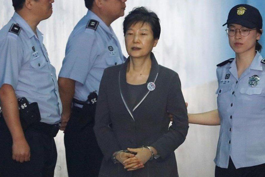 Tiet lo so tien Co quan tinh bao quoc gia Han Quoc hoi lo ba Park Geun-hye moi thang hinh anh 1