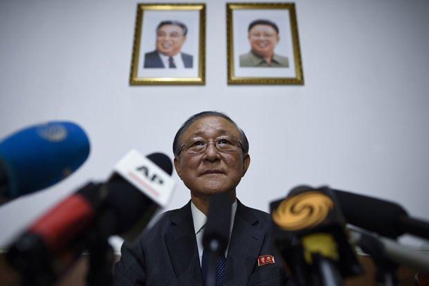 Bao Anh: Dai su Trieu Tien tai Trung Quoc vang mat bi an gan 2 thang qua hinh anh 1