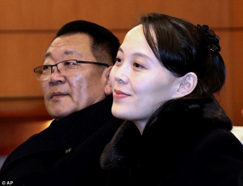 Video, anh: Nhan sac rang ngoi cua em gai ong Kim Jong-un o Han Quoc hinh anh 6