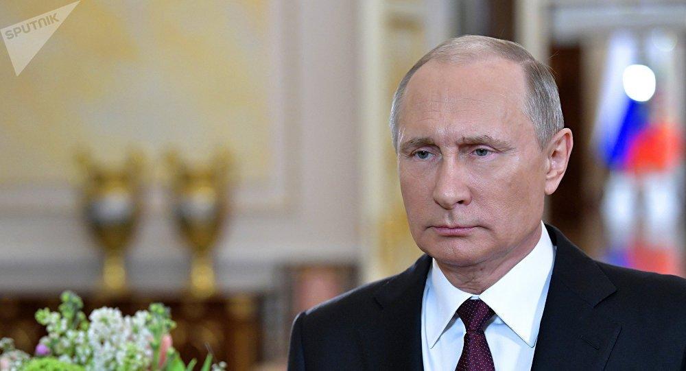 Ong Putin ra lenh gi khi nghe tin may bay bi cuop, de doa tinh mang 40.000 nguoi? hinh anh 1