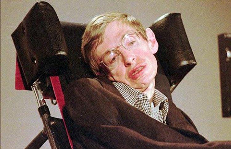 55 nam chong choi benh tat phi thuong cua nha vat ly thien tai Stephen Hawking hinh anh 5