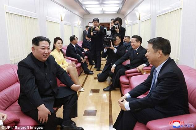 Anh hiem trong tau dua ong Kim Jong-un tham Trung Quoc hinh anh 5