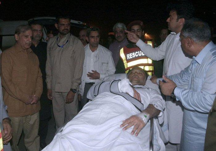Bo truong Noi vu Pakistan vua thoat chet trong gang tac hinh anh 1