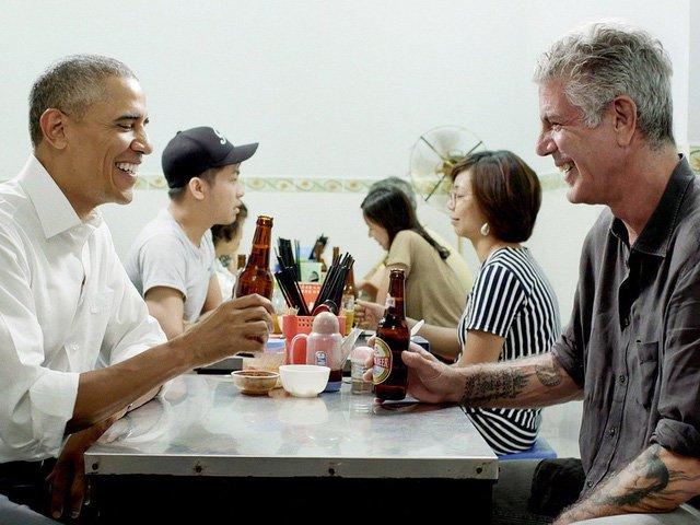 Tong thong Obama tuong nho dau bep cung ngoi an bun cha Ha Noi - Anthony Bourdain hinh anh 1