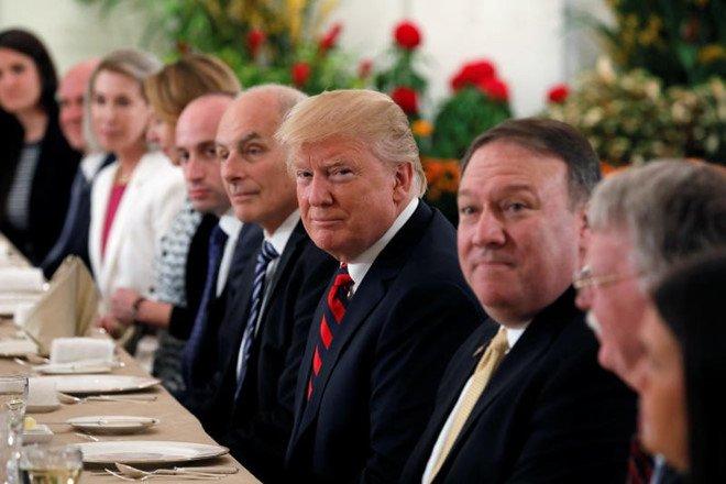 TRUC TIEP hoi nghi thuong dinh My-Trieu: Cuoc gap lich su giua ong Trump va ong Kim Jong-un hinh anh 16